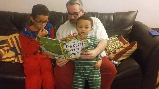 Book Review The Garden Curtain And Cross